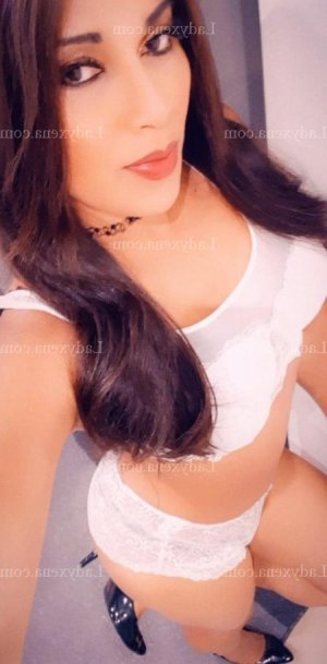 Marie-beatrix escort girl rencontre salope