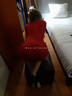 Anne-mathilde escort massage sexe fille libertine à Darnétal 76
